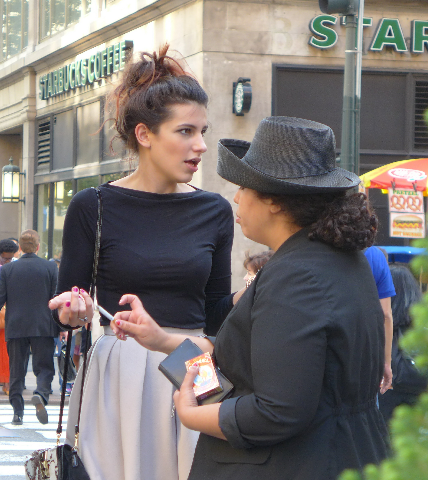 New York - Women talking on the street