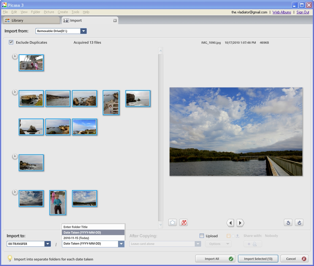 The picture import wizard in Picasa.